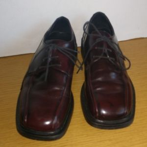 Kenneth Cole Reaction Cordovan Leather Shoes